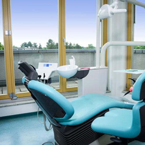 Zahnärztin Dr. Grit Walz-Foto